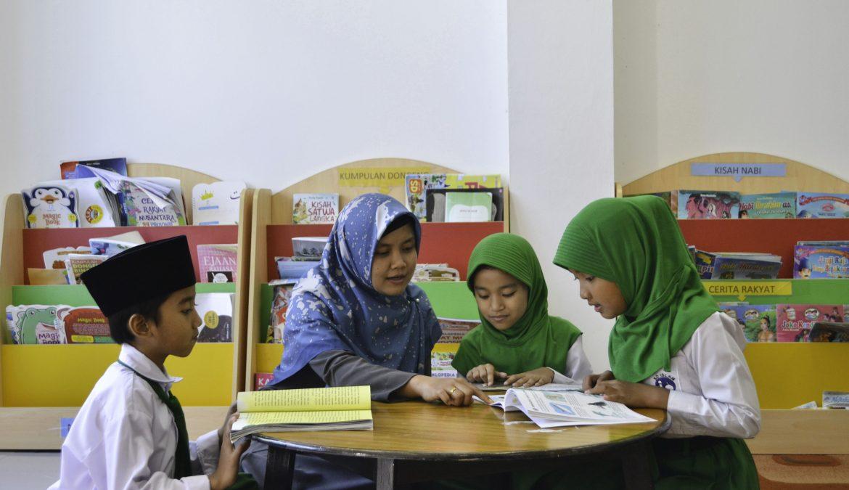Sekolah Islam Al-Azhar 57 Jambi Program Pendidikan Unggulan Berbasis Agama